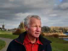 'Krantenman' Wim van Amerongen schrijft ode aan Wijk, zijn stad aan het water