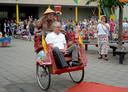 Indonesisch afscheid voor directeur Leo Breugelmans van Roosendaalse basisschool De Wingerd.