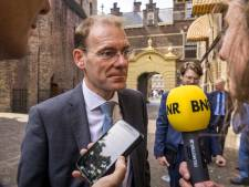 Belastingdienst zet 'klokkenluider' toeslagaffaire op non-actief