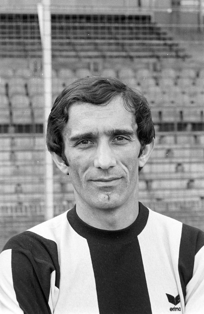 Bosco Bursac, bij de presentatie van de selectie van Vitesse in 1977.