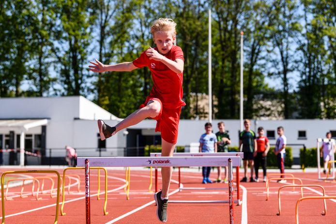 Sportverenigingen in Enschede hoeven de huur over de eerste maanden van de coronacrisis niet te betalen.