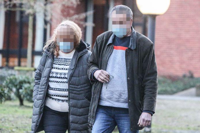 Tania Cornillie en Marnik Vandoolaeghe, ouders van beschuldigde.