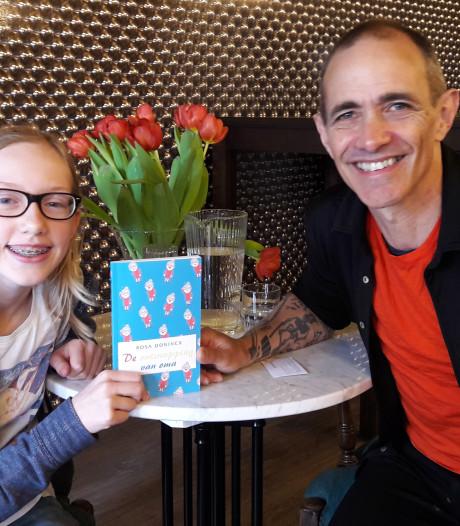 Als 12-jarige dé auteur van de boomhutserie mogen interviewen, de Bredase Rosa doet het
