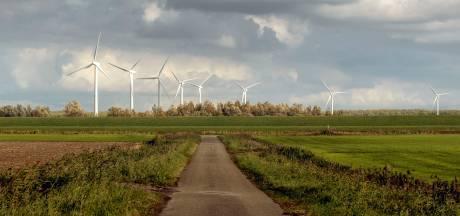 Geen vier, maar drie windmolens in Auvergnepolder Halsteren