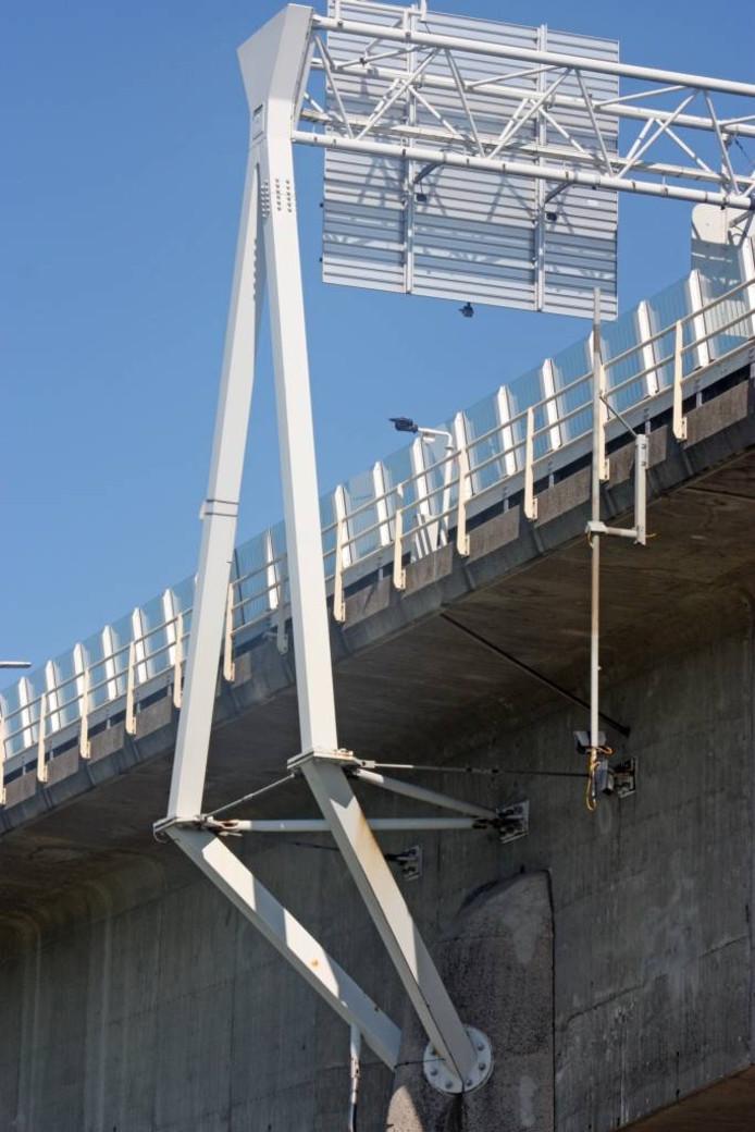 e gewraakte constructie op de IJsselbrug. Foto Jelle Boonstra