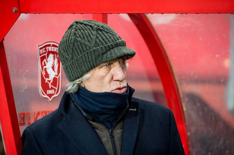 Trainer Gertjan Verbeek blijkt niet de verlosser waar Twente op wachtte. Beeld Proshots
