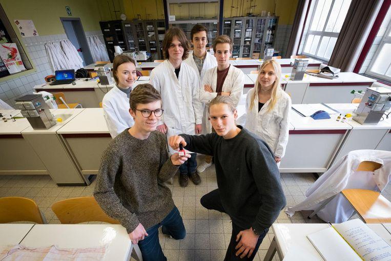 Het zesde leerjaar Wetenschappen-Wiskunde.