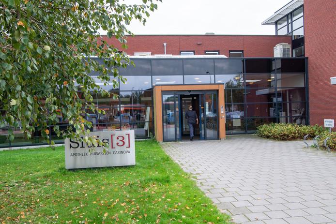 Het consultatiebureau in Nieuwleusen is gevestigd in het gezondheidscentrum Sluis (3). FFU PRESS AGENCY COPYRIGHT FRANK UIJLENBROEK