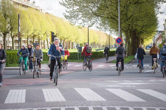 Binnenkort is er altijd een fietspomp beschikbaar in een straal van 1 kilometer in Gent -centrum
