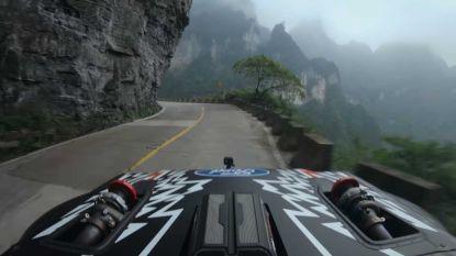 Video: Stuntpiloot Ken Block bedwingt 'gevaarlijkste weg in China'