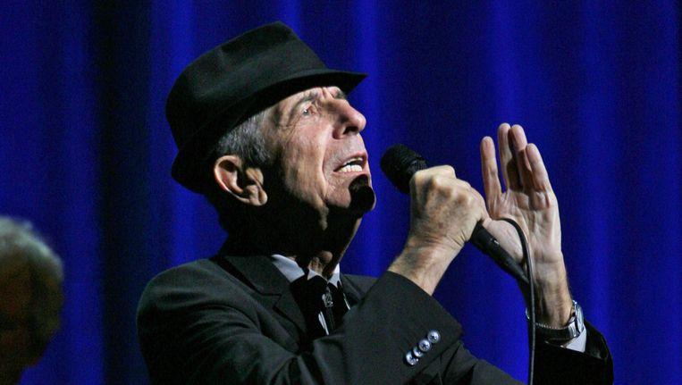 Leonard Cohen tijdens een concert in 2009. Beeld photo_news