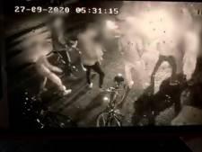 Ongeloof in Brabants dorp nadat cafébezoeker op zes jongens inrijdt: 'Leek wel een film'