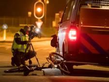 Fietser gewond door botsing met politiebus in Nieuwegein