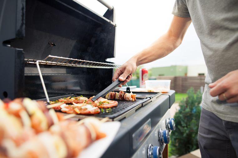 Een gasbarbecue warmt vlug op