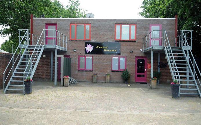 Erotisch café Secret Dreams aan de Kapitein Grantstraat in Emmen.