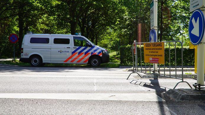 Het naturistenstrand bij Bussloo is vanwege de drukte afgesloten.