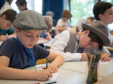 Voor even weer 1937 op de Montessorischool