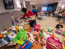 Oud speelgoed gezocht, zodat arme kinderen in Maassluis óók cadeautjes kunnen krijgen