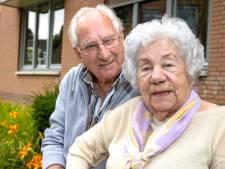 Eindhovens stel zeventig jaar getrouwd maar nog steeds stapelgek op elkaar