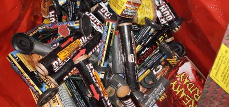 Politie Zeist neemt zo'n 20 kilo aan illegaal vuurwerk in beslag bij woning
