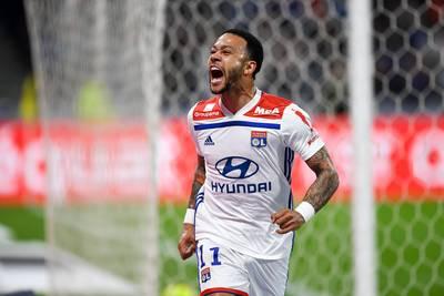 Depay na maand zonder goal weer trefzeker voor Olympique Lyon