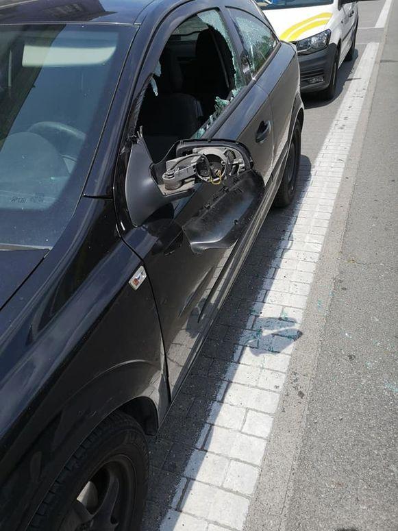 Het voertuig liep aanzienlijke schade op.