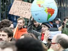Une chaîne humaine pour le climat sur la petite ceinture de Bruxelles le 8 décembre