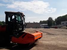Zandverschuiving markeert start bouw Strabrecht College in Geldrop