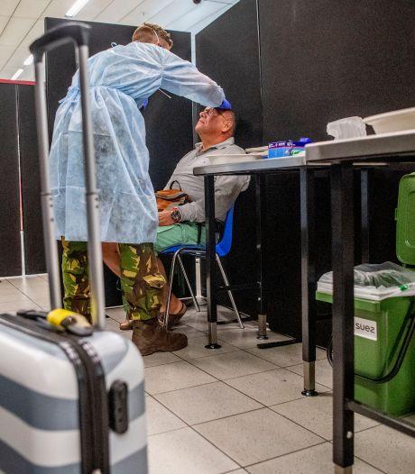 Aantal 70-plussers met corona ruim verdubbeld: 'Virus rond laten gaan kan niet'