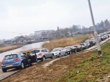 Bewoners bezorgd, Kinderdijk bezwijkt bijna onder toeristen