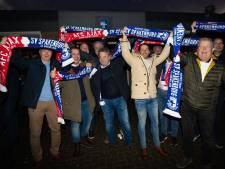 Spakenburgse voetbalfans met 30 bussen op weg naar de Arena voor historisch duel met Ajax