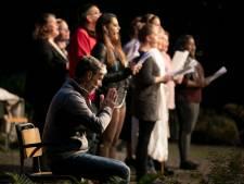Een hemelse voorstelling van toneelvereniging 'de Speledonckers'in Someren