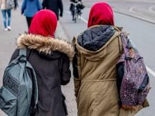 Studente loopt stage mis om eis aan hoofddoek