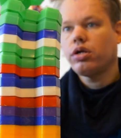 Door succesvolle inzamelingsactie kan Joost weer honingraten stapelen