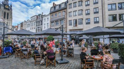 Gezellig druk op uitgebreide terrassen Grote Markt