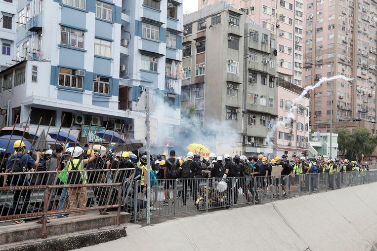 Betogers in Yuen Long.