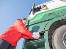 Shell Rilland serveert warme maaltijd voor truckers op de treeplank; Wendy's in Zierikzee opent loket