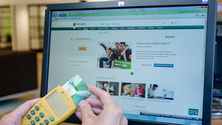 Betaalvereniging Nederland waarschuwt bankklanten om geen Internet Explorer meer te gebruiken bij het internetbankieren. Beeld anp