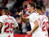 Luuk de Jong helpt Sevilla met eerste goal aan zege