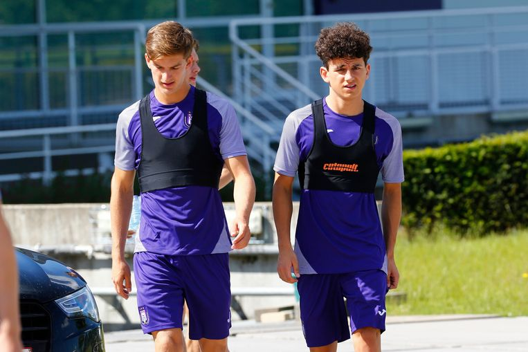 Youngsters Sieben Dewaele en Theo Leoni.