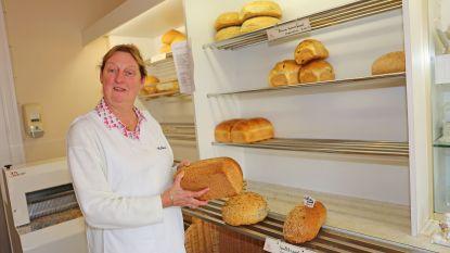 Denise zegt bakkerswinkeltje vaarwel na 42 jaar