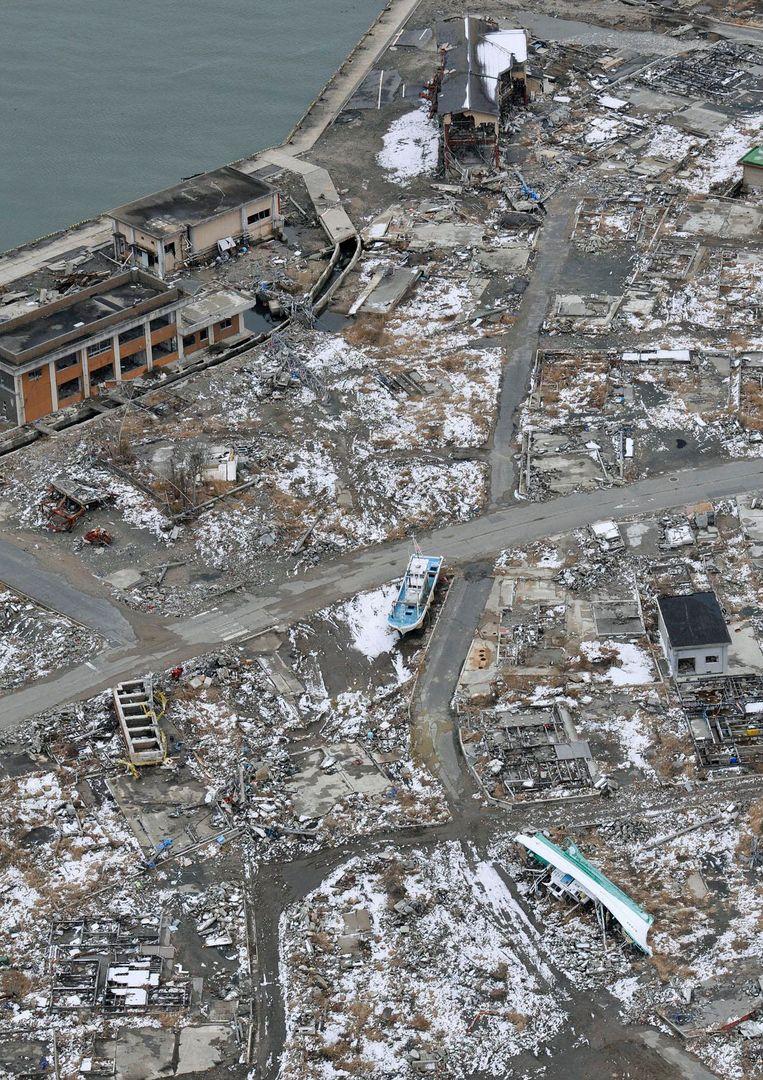 De tsunami maakte de oostkust van Japan met de grond gelijk.
