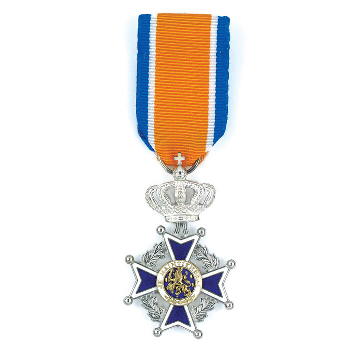 Lid in de Orde van Oranje-Nassau stockadr lintje lintjes