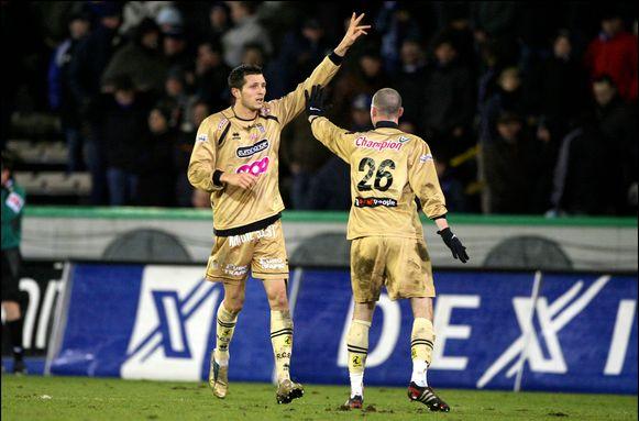 Cyril Théréau viert zijn doelpunt tegen Club Brugge.