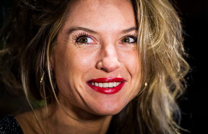 Vriendin Jort Kelder : Lauren verster baalt nog steeds van wrede relatiebreuk met ex jort