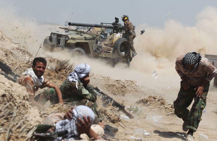 Iraakse commando's ten noordoosten van Fallujah. Beeld afp