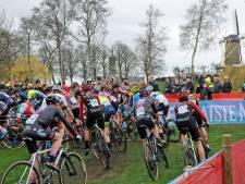 Drie wereldbekers sneuvelen, Vestingcross in Hulst blijft 'gewoon' op kalender