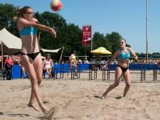 Beachvolleybal voor jong en oud bij Neswaarden in Aalst
