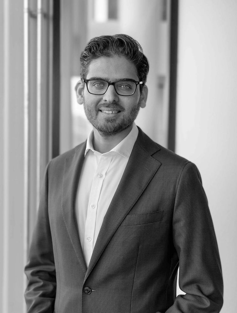 Umar Ikram, arts-onderzoeker aan Harvard. Hij doet onderzoek naar innovatieve zorgorganisaties en gezondheid van migranten. Beeld