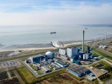 Greenpeace vangt bot met eis MER-onderzoek kerncentrale Borssele